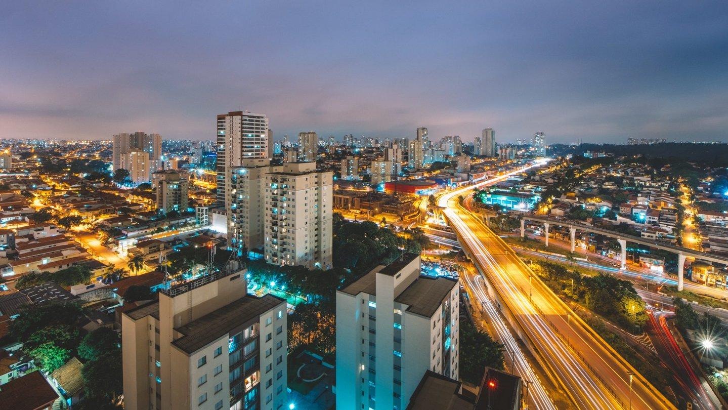 Meet new people in S o Paulo